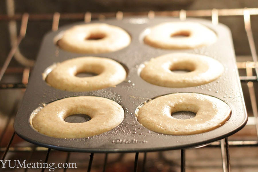 baking pumpkin spice donuts