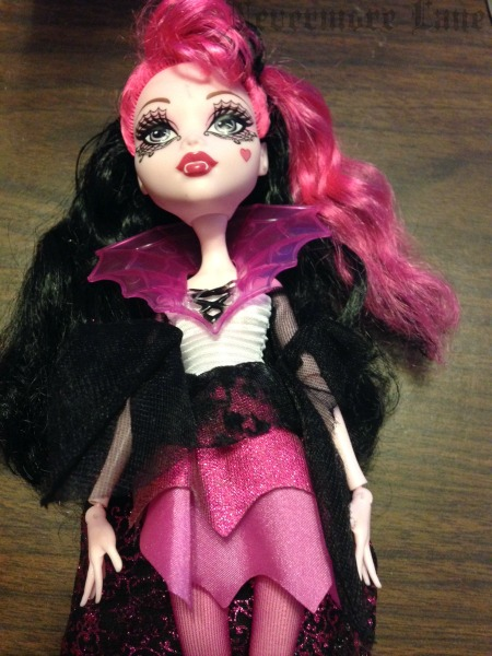How to Fix Frizzy Monster High Doll Hair