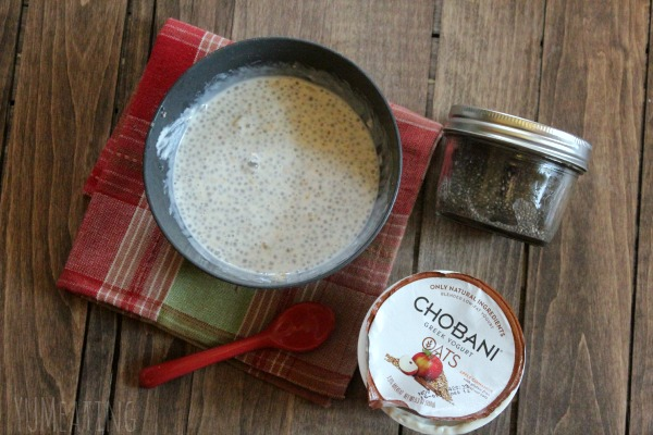 vanilla chia with oatmeal yogurt