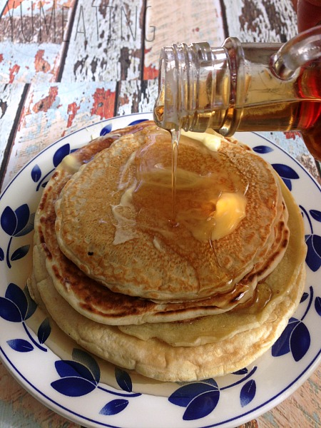 Sometimes You Just Need Pancakes for One | YUM eating