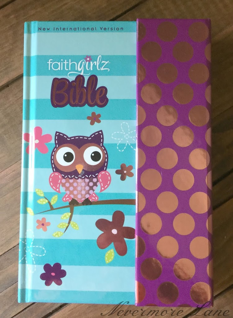 Kid Book Review: NIV Faithgirlz Bible  By General Editor Nancy N. Rue