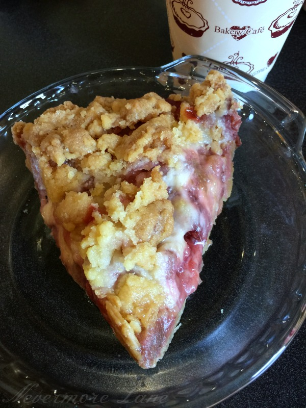 A Quick Trip to Traverse City for Pie {Grand Traverse Pie Co., MI} | Nevermore Lane #travel #foodie